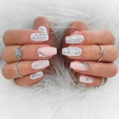 Glitter Nails Nudę Glitter Nails Color With diamond decoration fake nails Shiny candy carnival style, many colors.Nudę Glitter Nails Color With diamond decoration fake nails Shiny candy carnival style, many colors. Red Sparkly Nails, Pink Glitter Nails, Rhinestone Nails, Rhinestone Nail Designs, Nail Pink, Blush Nails, Glitter Balloons, Silver Nail, Glitter Nail Art
