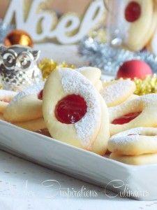Bredele stuffed with jam - Hummm Biscuit Cookies, Cake Cookies, No Sugar Foods, Arabic Food, Caramel Apples, Cookie Decorating, Chocolates, Cookie Recipes, Food And Drink