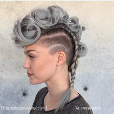 Cool! This is so rockin' @jaywesleyolson and @theconfessionsofahairstylist #regram #americansalon