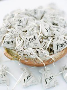 Cute burlap wedding favor bags for a rustic wedding