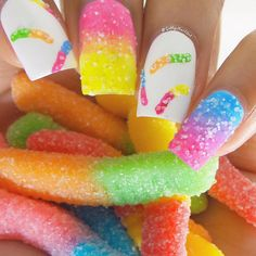 Best Ombre Nail Designs for 2019 – Ombre Nail Art Ideas. The ombre nail art designs look very glamorous for women. Crazy Nail Art, Crazy Nails, Pretty Nail Art, Cute Nail Art, Ombre Nail Designs, Cute Nail Designs, Acrylic Nail Designs, Pretty Designs, Nail Art Mickey