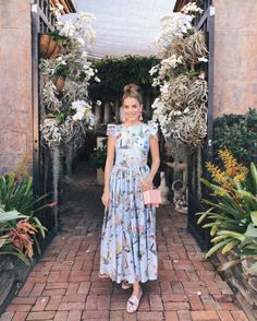 Gal Meets Glam GMG Now Daily Look Vivetta dress, Mark Cross Bag, Aquazzura x De Gournay Loafers, Rebecca De Ravenel Earrings Modest Outfits, Modest Fashion, Casual Dresses, Cute Outfits, Summer Dresses, Modest Dresses, Style Année 70, Style Retro, Look Fashion