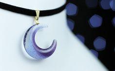 宇宙(そら)色の月 ガラスのチョーカー ヴァイオレット