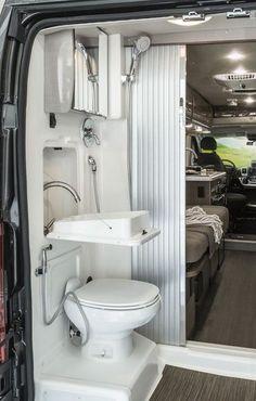 Luxury Van Life Interior Design Ideas (16)