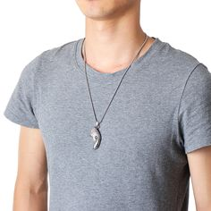 Fashion Pendant Necklace Titanium Steel Wishing Tree Pendant Tree of Life Charm Necklace for Men is cheap and personalized, more cool necklaces for men are hot-sell. Necklace Sizes, Men Necklace, Pendant Necklace, Tree Pendant, Cool Necklaces, Necklace Online, Bracelets For Men, Eagle Head, Mens Fashion