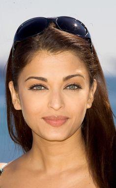 Image of Aishwarya Rai Aishwarya RaiYou can find Aishwarya rai and more on our website.Image of Aishwarya Rai Aishwarya Rai Most Beautiful Faces, Beautiful Gorgeous, Beautiful Celebrities, Beautiful Actresses, Gorgeous Women, Beautiful People, Actress Aishwarya Rai, Bollywood Actress, Aishwarya Rai Makeup