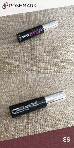 Benefit bad gal lash mascara Brand new never been used. Welcome to make me offer. Benefit Makeup Mascara