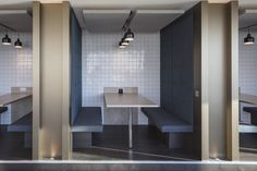 Bird & Bird Offices – London. MCM Architects. Breakout. Collabroation. Project booth. Banquette. Team.