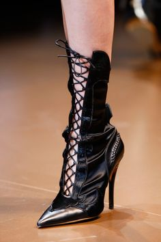 Versace, Fall 2014. #shoes #rtw