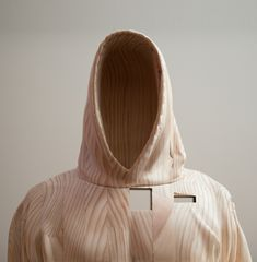 Paul Kaptein creates amazing wooden sculptures, exploring the notion of the now as a remix of past and future potentialities.