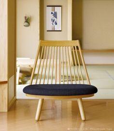 """chaise """"Spokechair"""" en chêne et tissu de Katsuhei TOYOGUCHI"""