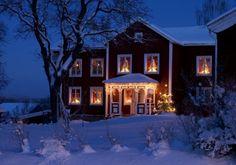 A Polar Bear's Tale: Send a free Christmas e-card from Sweden Sweden Christmas, Winter Christmas, Christmas Lights, Christmas Time, Christmas Scenes, Country Christmas, Swedish Traditions, Belinda Carlisle, Haus Am See