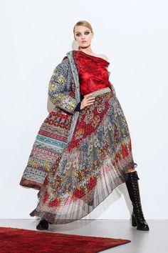 Alice Olivia Fall 2020 Ready-to-Wear Fashion Show - Vogue Fashion 2020, Star Fashion, Indian Fashion, Runway Fashion, Fashion News, Ethnic Fashion, Fashion Trends, Fall Fashion, High Fashion