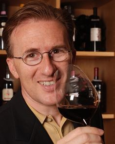 Wine Guru    Andiamo a scoprire chi è, cosa pensa e come lavora Paolo Basso, premiato come miglior sommeiller al mondo. Chapeau...!    Let's find out who is, what thinks and how works Paolo Basso, crowned world's best sommelier.  Chapeau...!