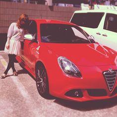 Alfa Romeo Giulietta  - 我が家にアルファロメオがやってきた。そして、気取ってみる。ペロペロ〜 » @maejimaeji » Instagram Profile » Followgram