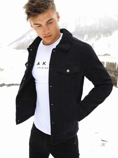 Mens > The Jackets > The Newport Denim - Blakely Clothing Denim Jacket Men, Men's Denim, Men Shorts, Denim Jackets, Business Casual Attire For Men, Men Casual, Hipster Fashion, Men's Fashion, Fashion Outfits