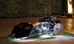 Harley Davidson Bike Pics is where you will find the best bike pics of Harley Davidson bikes from around the world. Harley Bagger, Bagger Motorcycle, Harley Softail, Harley Bikes, Motorcycle Garage, Harley Wheels, Harley Motorcycles, Heritage Softail, Motos Harley Davidson