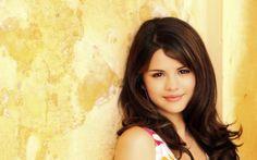 Selena Gomez Backgrounds HD