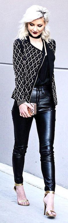 Pattern Black Jacket / Black Skinny Leather Pants / Gold Sandals