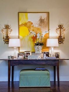 via For a long time, it was drilled into our heads, thru design magazines, interviews with designers and books, that displaying family photos in picture frames