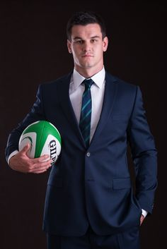 Johnny Sexton- new official suits for Rugby World Cup Photo by Marek Hajdasz (MH Photography). Ireland Rugby, Irish Rugby, Chantel Jeffries, Rugby Men, Beefy Men, All Blacks, Rugby World Cup, Rugby Players, Global Brands