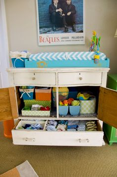 c is for color changing table organizationorganization ideasorganizingchanging