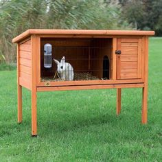 TRIXIE 1-story Rabbit Hutch (L) - 13814435 - Overstock - The Best Prices on Trixie Other Pet Houses - Mobile