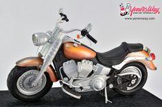 3D Cruiser Motorcycle Cake by Yeners Way - Cake Art Tutorials