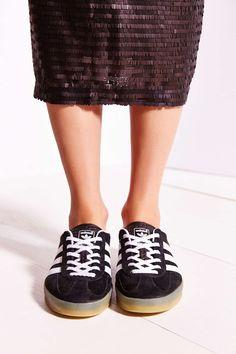 adidas Originals Gazelle Gum-Sole Indoor Sneaker Adidas Gazelle 11a05e64282