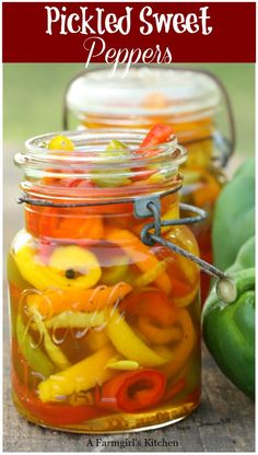 Pickled Peppers Recipe Pickled Sweet Peppers, Sweet Banana Peppers, Pickled Banana Peppers, Stuffed Banana Peppers, Stuffed Sweet Peppers, Pickled Bell Peppers Recipe, Banana Pepper Relish Recipe, Pickled Veggies Recipe, Pickled Asparagus