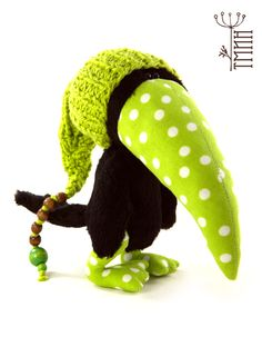 Солнцеворот авторские игрушки авторская игрушка ручной работы ворон Вук состав: вискоза, хлопок, синтепон, стеклянный гранулят, шплинты рост: 15 см