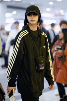 Monsta X Hyungwon, Shownu, Kihyun, Hold Me Tight, Manga Boy, Starship Entertainment, Airport Style, Adidas Jacket, Rain Jacket