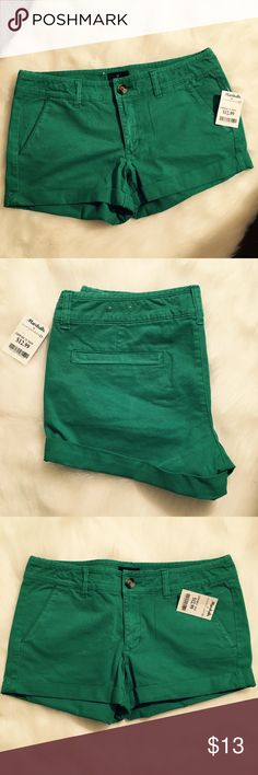 NWT American Eagle shorts size 8 New with tag. Price is firm unless bundled! American Eagle Outfitters Shorts Jean Shorts