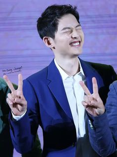 Song Joong Ki - Such a cute expression Pretty Men, Pretty Boys, Soon Joong Ki, Decendants Of The Sun, Deep Rooted Tree, A Werewolf Boy, Songsong Couple, Drama Fever, Song Hye Kyo