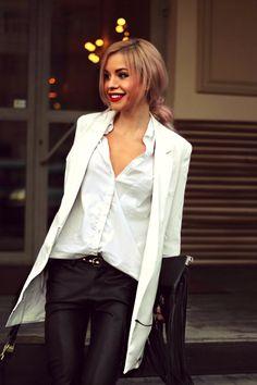 Blogger Style, Beautiful Women, Classy, Street Style, Style Inspiration, Blazer, Fashion Bloggers, My Style, Outfits