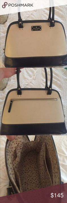 Black and White kate spade Purse. Black and White Kate Spade Purse. Timeless and classic style. Super cute. It's used, but still in good condition. 👜🖤❕ kate spade Bags Shoulder Bags