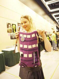 handmade Night Bus bag(?) #cosplay #hogwarts - via Crafters In Disguise