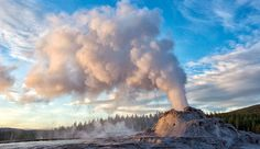 Yellowstone Natural Wonders | Learn about Yellowstone National Park Geysers, Hot Springs, Wildlife, Waterfalls, Sand Dunes