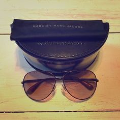 FLASH SALE! Marc by Marc Jacobs Aviator Sunglasses Gorgeous aviators in mint condition with a  beautiful pinkish brown lens. Come with box and cleaning cloth. Thanks for looking! Happy poshing  Marc by Marc Jacobs Accessories Sunglasses