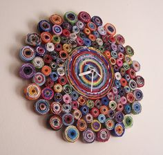 repurpose relove: Recycled Magazine Clock