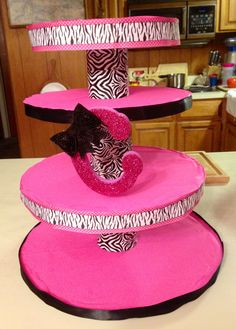 DIY Minnie Mouse zebra cub cake tower