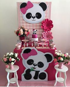 DIY baby shower gift basket ideas for boys - Planning baby s Panda Themed Party, Panda Birthday Party, Panda Party, 1st Birthday Parties, Panda Baby Showers, Baby Boy Shower, Birthday Party Decorations, Party Themes, Panda Cakes