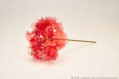 2017 カーネーション 簪【 真紅 】Carnation - Kanzashi, Hair Stick, Hair Pin, Hair Ornaments - by Sakae, Japan Photo by Ryoukan Abe (www.ryoukan-abe.com)   Auction page ▶https://page.auctions.yahoo.co.jp/jp/auction/q154659118  Flickr ▶http://www.flickr.com/photos/sakaefly