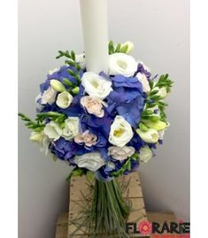 Lumanare botez hortensie albastra Terraria, Hanukkah, Floral Wreath, Wreaths, Home Decor, Bebe, Terrariums, Decoration Home, Room Decor