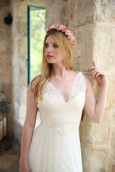Hey, I found this really awesome Etsy listing at https://www.etsy.com/se-en/listing/206109119/reagan-romantic-wedding-dress-with-lace