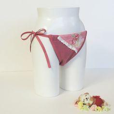 SAMURAI PANTIES!? Hot panties from Japan. Good absorption and ventilation, untightening FUNDOSHI for women. Mokko Fundoshi Grace Bouquet made in Japan (Women's)