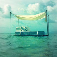 Zanzibar Floating Bed by Ocean Sala
