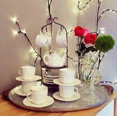 Hora de receso!!! Escoge tu bebida favorita, busca buena compañía y disfruta en pocillos Conceptual Furniture