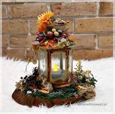 www.basiabartoszewicz.pl Christmas Wreaths, Table Decorations, Holiday Decor, Furniture, Home Decor, Decoration Home, Room Decor, Home Furnishings, Home Interior Design
