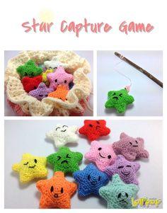 Lollipop Crochet and more: หรรษาเกมตกดาว Crochet Game, Knit Or Crochet, Crochet Gifts, Crochet For Kids, Crochet Dolls, Free Crochet, Crotchet Patterns, Amigurumi Patterns, Bow Pattern